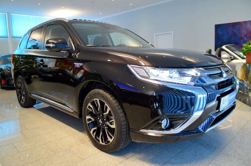 Mitsubishi Outlander PHEV Top 4WD Leasingangebote