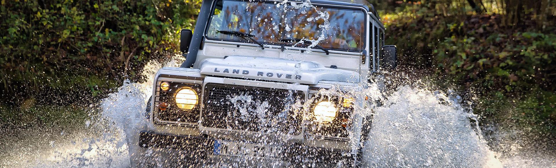 Land Rover Defender 2012 Herbst 985