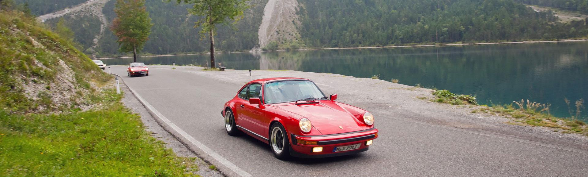 Porsche 911 Carrera Coupe 1987 0006 Herbst