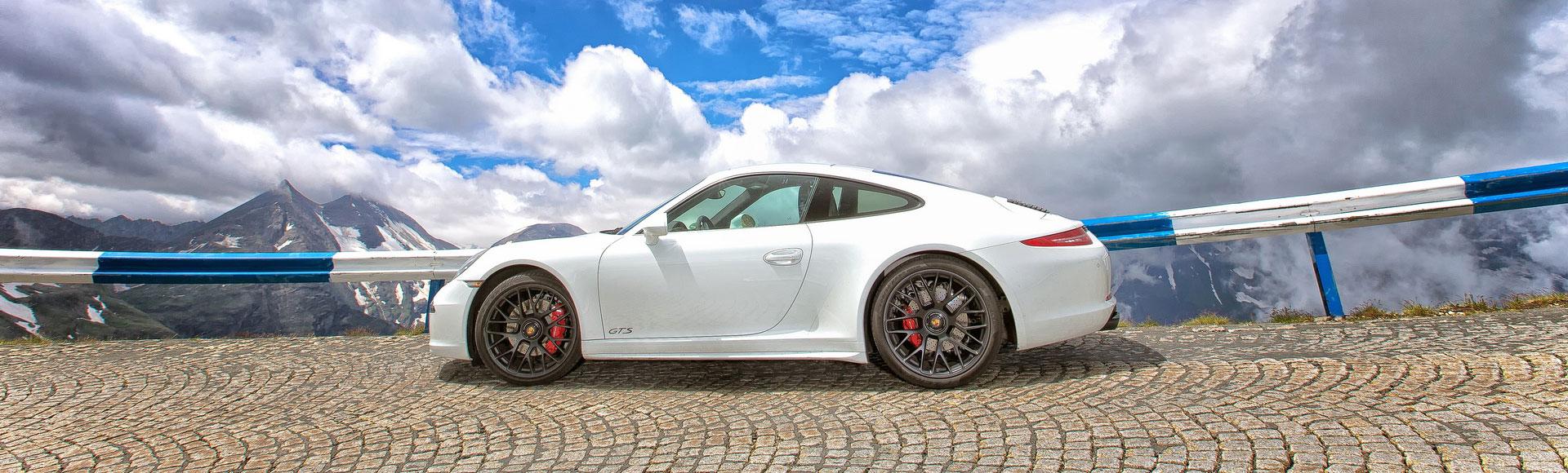Porsche 991 GTS Coupe 2015 183