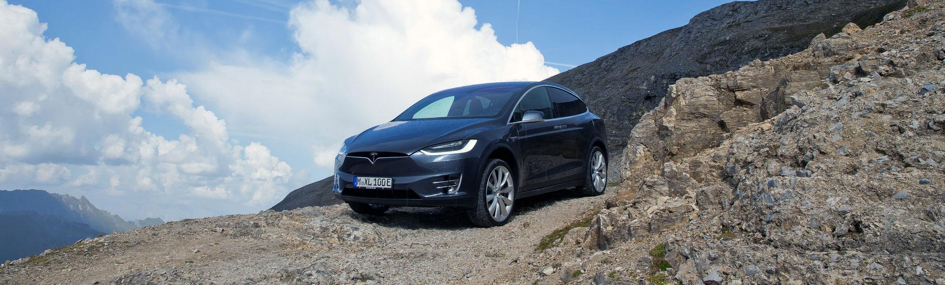 Tesla Model X 2016 329 Sommer