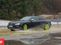 Audi RS5 2011 Winter X0166