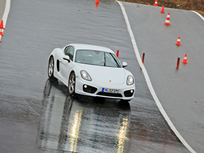 Porsche Cayman 2013 Winter_X0750S
