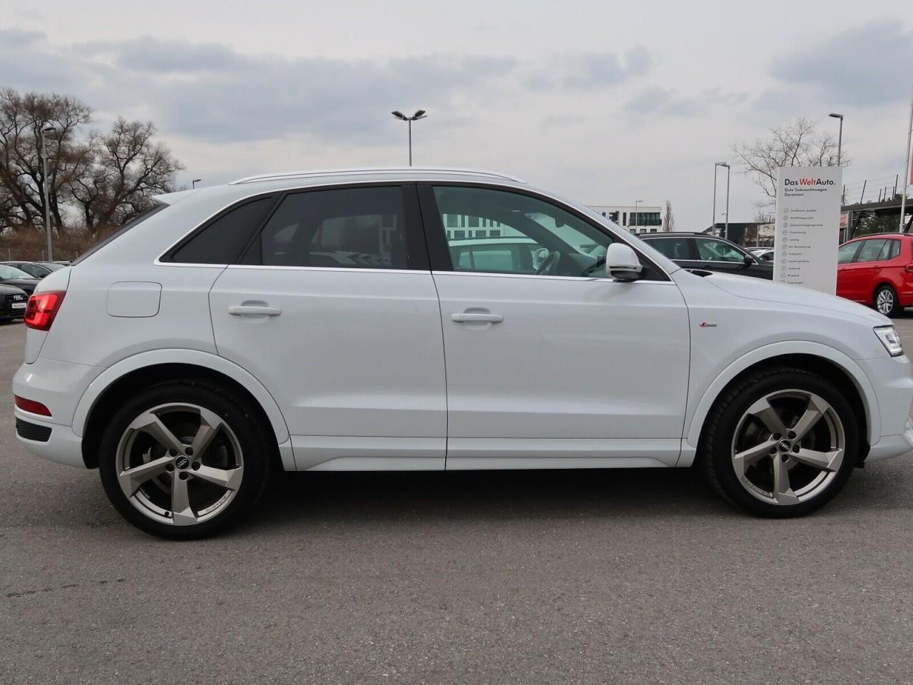 Audi Q3 2,0 TDI SPORT Q.S TRONIC