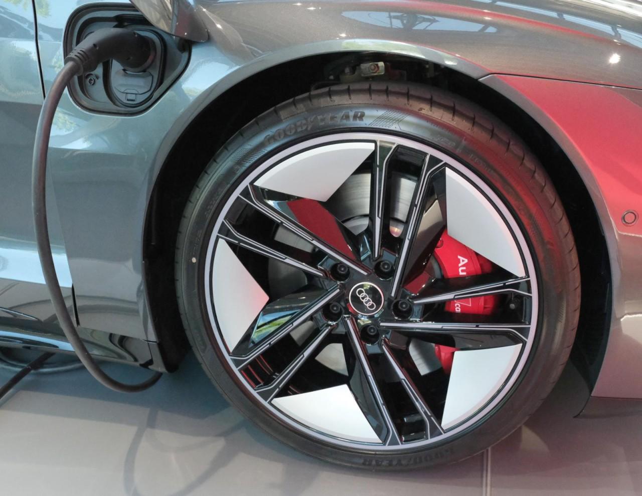 Audi RS e-tron GT 440 kW