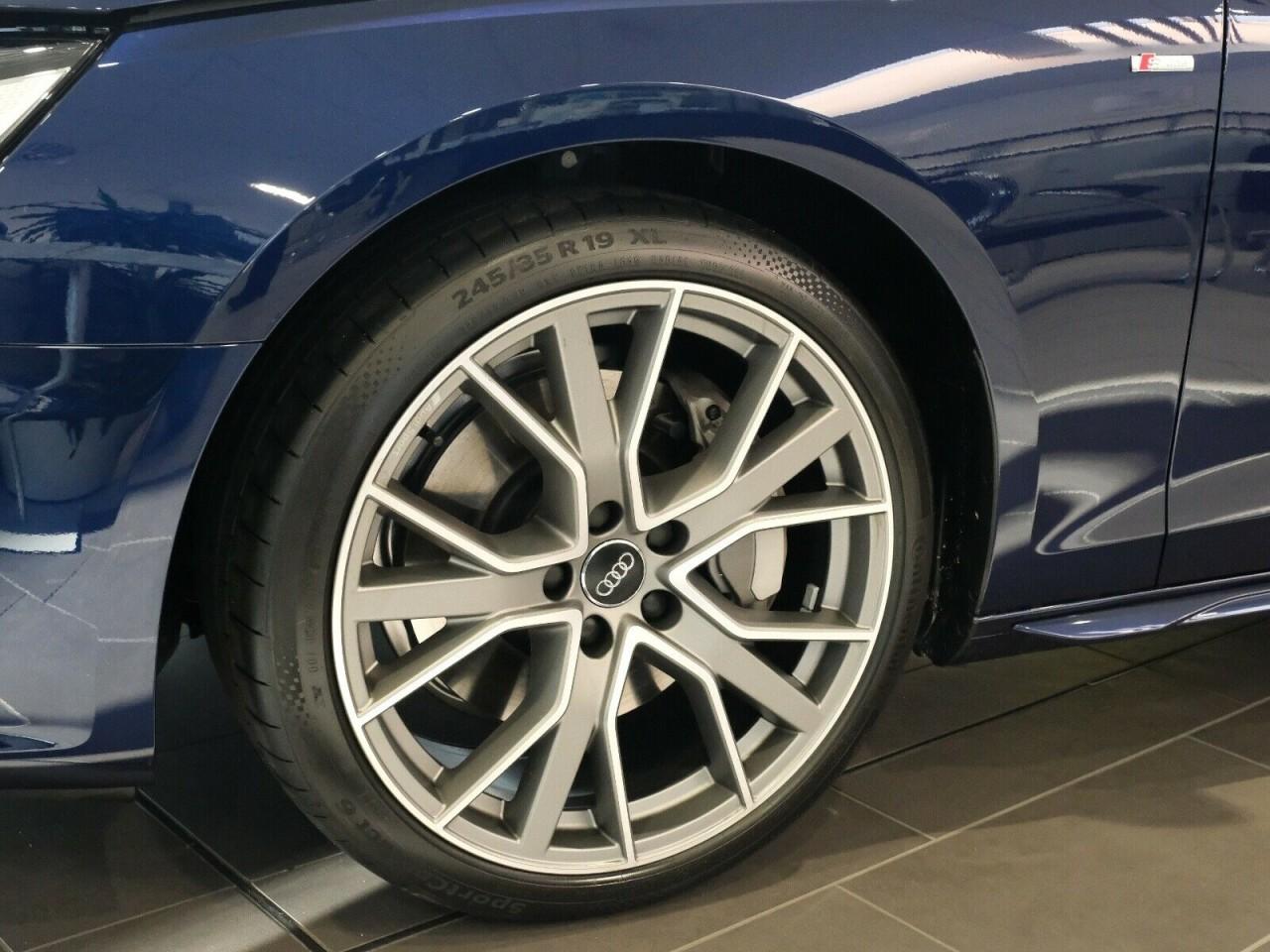 Audi A4 AVANT 45 TFSI Q.S TRONIC S LINE